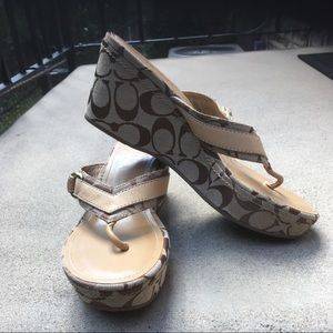 💕Authentic Coach Evelina Sig wedge shoes. Classic